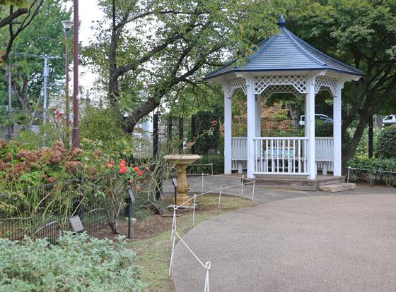 港の見える丘公園・バラ園