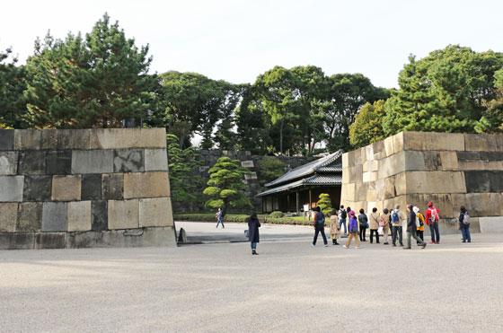 皇居 東御苑の石垣